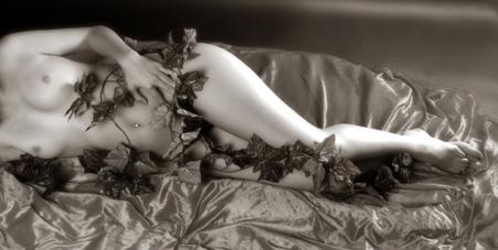 Gewinnen Sie online ein FRAUEN – Ü 40 – Erotik/Akt-Fotoshooting